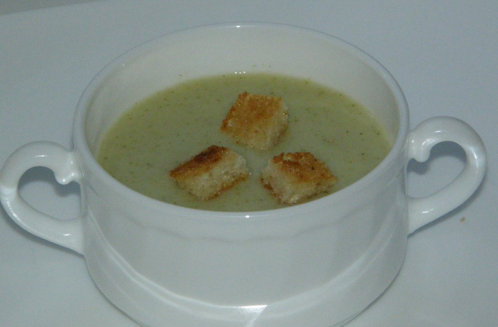 суп-пюре с крутонами